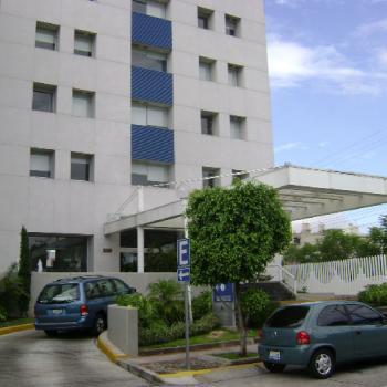 Torre de Especialidades Ángeles Del Carmen