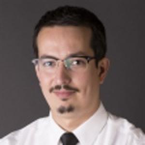 Dr. Arturo Travis Dade Reyes - Otorrinolaringólogo