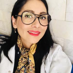 Dra. Briseyra Guadalupe Fong Ponce - Neumólogo
