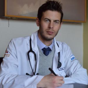 Dr. Jorge Zyman Coresntein - Traumatólogo y Ortopedista