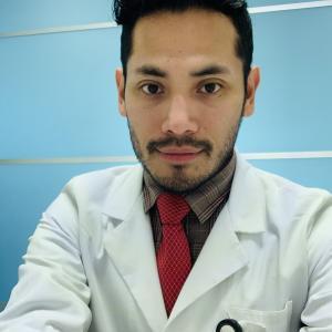 Dr. Ivan Calvo Vázquez - Urólogo