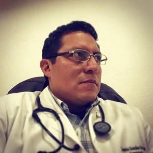 Dr. Andrés González De La Rosa - Hematólogo