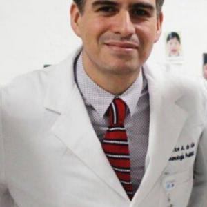 Dr. Carlos Alejandro de Alba de Lira - Neumólogo Pediátrico