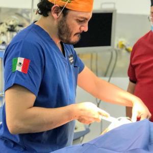 Dr. Miguel Saucedo López Olivera - Especialista en Cirugía Estética y Longevidad
