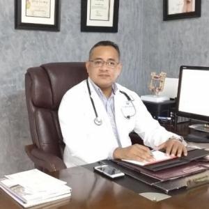 Dr. Carlos Antonio García Urbina - Especialista en Cirugía General