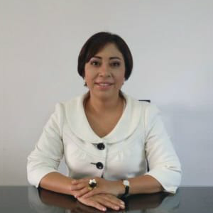 Dra. Claudia Evangelista Nava - Ginecólogo Obstetra