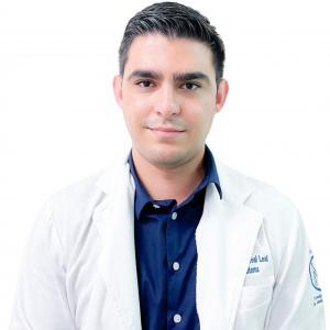 Dr. Allan Jair Ortega Morales - Traumatólogo y Ortopedista