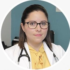 Dra. Mónica Fuentes Farías - Neumólogo