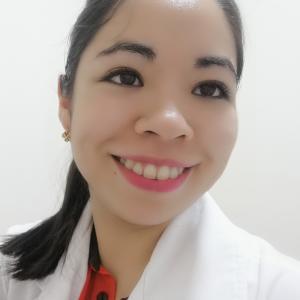 Dra. Larisa Yarindy Jesus Mejenes - Pediatra