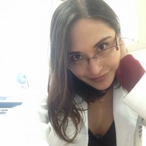 Dra. Claudia Nayely Paredes Palma - Ginecólogo, Ginecólogo Obstetra