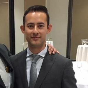 Dr. Silverio Uriel Ceja Picazo - Cirujano Ortopédico, Traumatólogo y Ortopedista