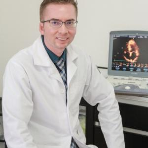 Dr. Oscar Rodolfo Velarde Leyva - Cardiólogo