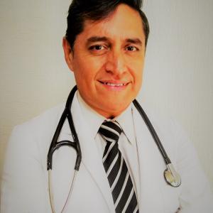 Dr. Rodolfo Mario Orihuela Servín - Nefrólogo