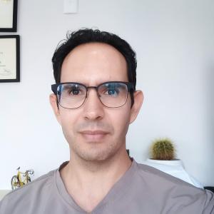 Dr. Joaquín Archibaldo Hope Guerrero - Otorrinolaringólogo