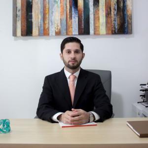 Dr. José J. Martínez Gasperin - Especialista en Cirugía General, Oncólogo Cirujano