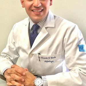 Dr. Ricardo Emilio Varela Jiménez - Internista, Nefrólogo