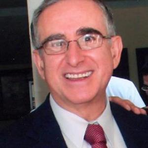 Dr. Rolando Neri Vela - Oftalmólogo