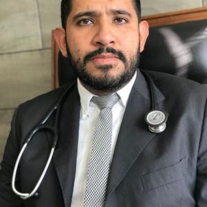 Dr. José Manuel Alvarado Carbajal - Cardiólogo