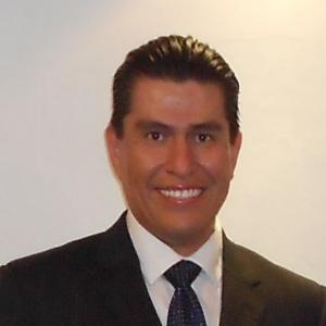 Dr. Diego Alonso Rocha Segura - Traumatólogo y Ortopedista